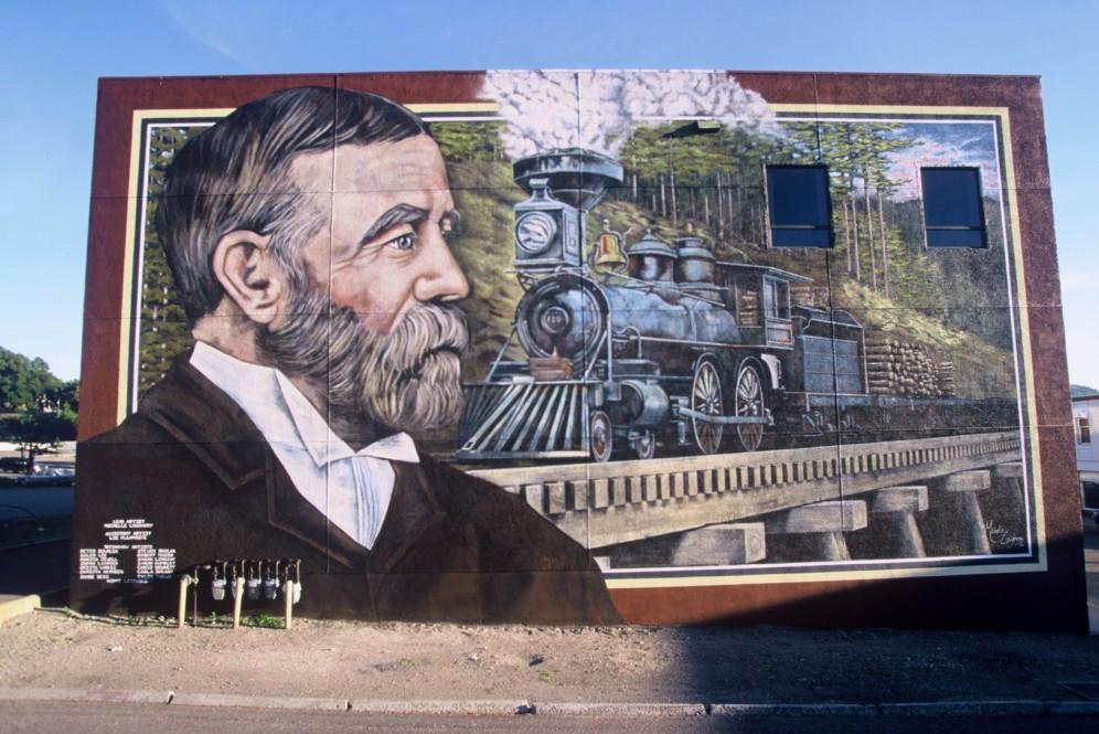 06train-mural